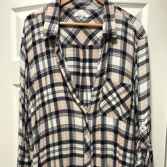 Kenneth Cole Reaction Tops - Kenneth Cole Reaction - flannel